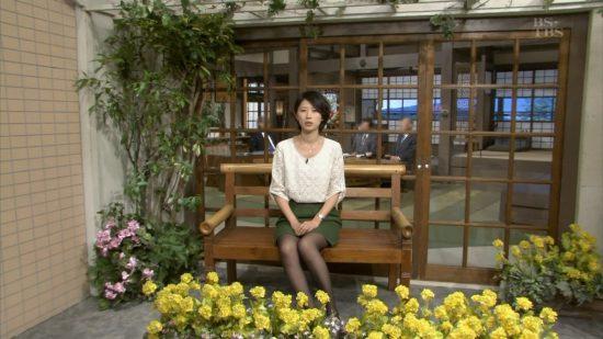 出典:http://blog-imgs-36.fc2.com/j/y/o/jyoshianadx/2013_03_24_okamura_hitomi_01.jpg
